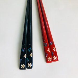 螺鈿桜箸 黒 朱 (食器洗浄対応)